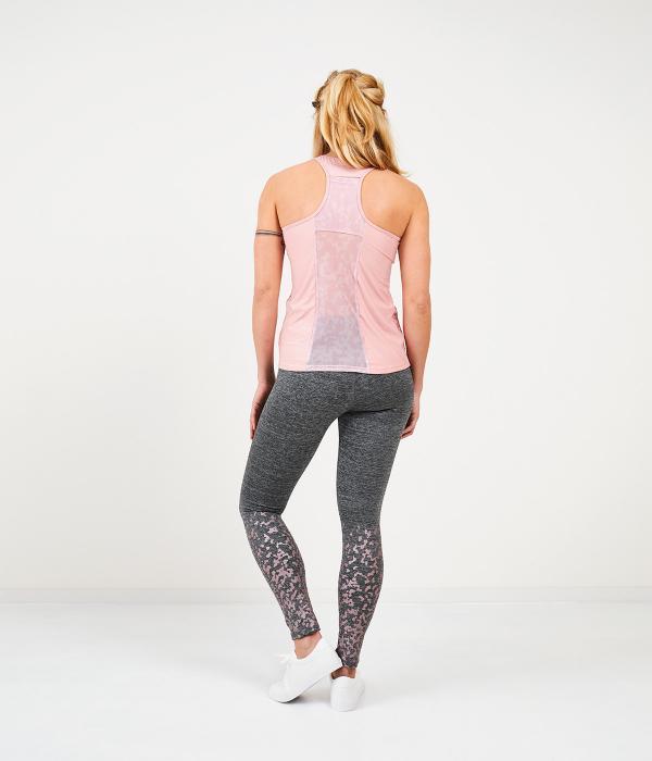 YOY'D_Yoshe-singlet-roze-achterkant-sportieve-racerback-singlet-met-leuke-print